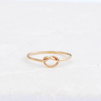 iloveblossom KNOTS OF LOVE RING // fine gold