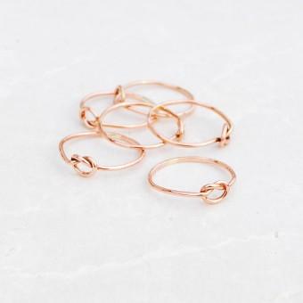 iloveblossom KNOTS OF LOVE RING // fine rosé gold