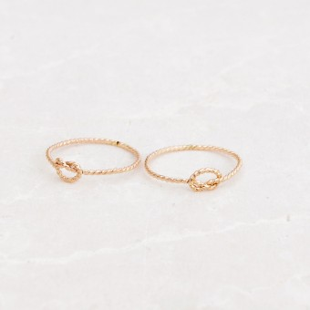 iloveblossom KNOTS OF LOVE RING // twisted gold