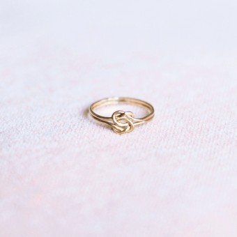 iloveblossom TIE OUR LOVE IN A DOUBLE KNOT RING // gold