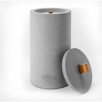 Beton-Outdoor-Feuer (H 26cm) mit tollem cognacfarbenem Ledergriff.