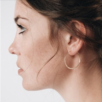 EVE+ ADIS // SKINNY HOOPS seashell
