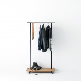 weld & co Kleiderstange Eiche 01